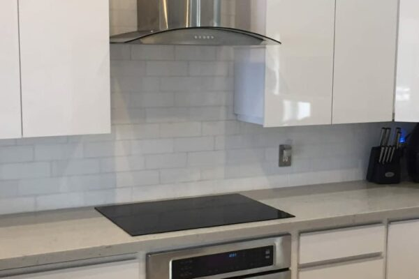 Coral Springs FL. kitchen project, before over stove custom backsplash