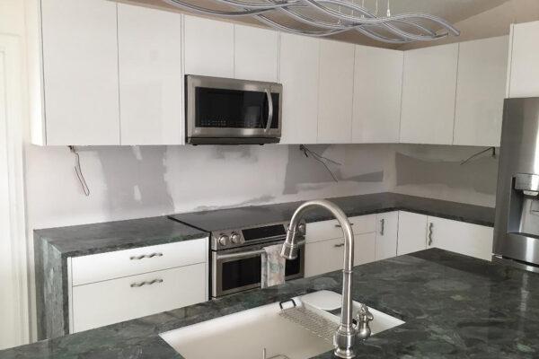 Key Largo kitchen before