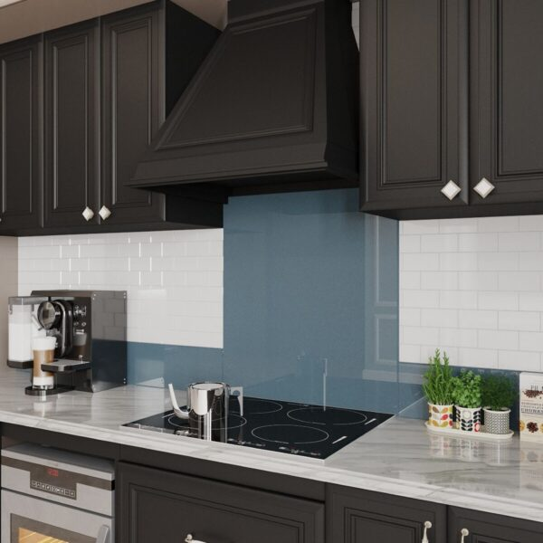 Telegray glass backsplash upstand white kitchen